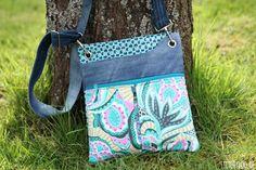 stitchydoo: Mini-Polly Frühlingstasche | Amy Butler trifft auf recycelte Jeans: