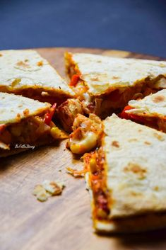 Quesadilla z kurczakiem i serem - Just Be Fit Be Strong! Diet Recipes, Cake Recipes, Dessert Recipes, Cooking Recipes, Healthy Recipes, Tortilla, Quesadilla, Food Inspiration, Food Porn