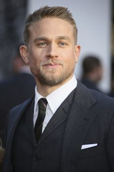 05/10/17 - 'King Arthur Legend Of The Sword' European Premiere - 063 - Charlie Hunnam FAN | charlie-hunnam.net | charliehunnamfan.com |