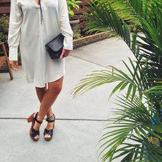 Aujourd'hui notre coup de coeur #lookdujour vient de @camillegelinas avec sa tenue d'été inspirante!  Tu veux toi aussi te retrouver en vedette sur l'accueil du site? Utilise le tag @lookdujour_ca avec le #lookdujour  #lookdujour #ldj #ootd #whitedress #summerstyle #summerfashion #cute #modemtl #style #pretty #outfitideas #cestbeau #inspiration #onaime #regram  @camillegelinas