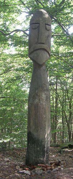 как вырезать из дерева фигуру славянского идола: 13 тыс изображений найдено в Яндекс.Картинках