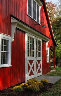 i want a red barn house. Barn Renovation, Barn Garage, Barn Living, Barns Sheds, Country Barns, Dream Barn, Farm Barn, Horse Barns, Horses