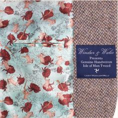 The lining of the women's OSPREY tweed jacket.