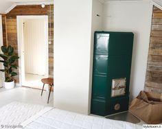 takka,makuuhuone,raakalauta,rintamamiestalo,remontti