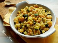 cous cous gamberi Salad Recipes, Healthy Recipes, Eastern Cuisine, Happy Foods, Cold Meals, Light Recipes, Oriental, Fried Rice, Italian Recipes