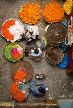 The Flower Vendors, KR Market, Bangalore, India Copyright: Vijay Nanda Om Namah Shivaya, Mother India, Amazing India, Classical Antiquity, Bangalore India, Varanasi, Flower Market, Karnataka, India Travel