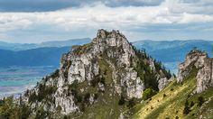 Budapest felől ez a legkönnyebben elérhető, 1500 métert meghaladó, azaz magashegységi terület. Igaz, nem is magassága a legcsalogatóbb tulajdonsága...