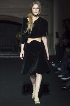 All the runway looks from Simone Rocha: London Ready-to-Wear Autumn/Winter 2015/16