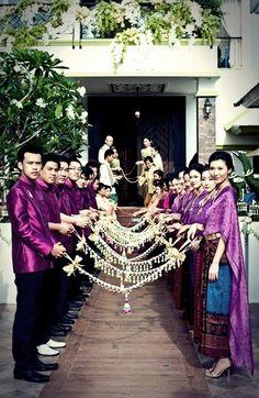Laos Wedding, Wedding Attire, Bride Entry, Wedding Styles, Wedding Photos, Thai Dress, Wedding Ceremony Decorations, Traditional Dresses, Getting Married
