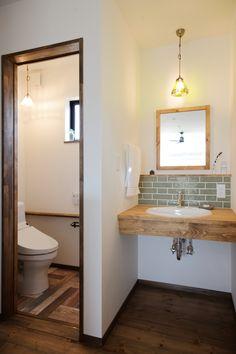 Small Toilet Room, Japanese Bathroom, Washroom Design, Washbasin Design, Master Bedroom Interior, Tiny House Bathroom, Tiny House Design, Dream Rooms, House Styles