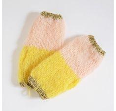 http://www.lesparigotes.com/1645-thickbox_default/mittens-yellownude-baby-alpaga.jpg
