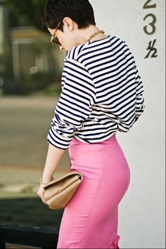 striped top and pink pencil skirt?! perfect! (Outfit Karlascloset) #pink #stripes #spring