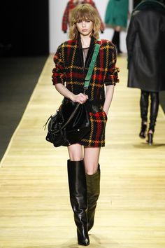 Barbara Bui Fall 2016 Ready-to-Wear Fashion Show  http://www.theclosetfeminist.ca/ http://www.vogue.com/fashion-shows/fall-2016-ready-to-wear/barbara-bui/slideshow/collection#9