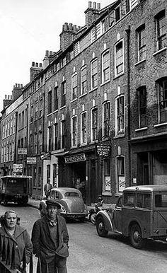 Fournier Street, Spitalfields, Stepney, Greater London 1956 - Photographer J. London History, British History, Vintage London, Old London, Old Pictures, Old Photos, Vintage Pictures, East End London, English Heritage