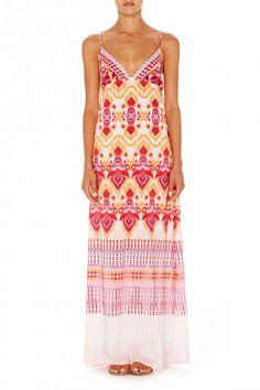 camilla amore triangle top maxi Triangle Top, Camilla, Summer Dresses, Shopping, Tops, Fashion, Amor, Moda, Fashion Styles