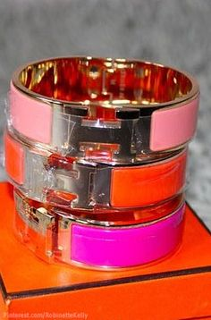 Love my Hermes Bracelet... Love to collect all my favorite colors :)