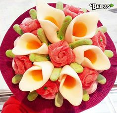 . Candy Pop, Candy Party, Candy Recipes, Sweet Recipes, Decors Pate A Sucre, Bar A Bonbon, Food Carving, Mothers Day Cake, Candy Decorations