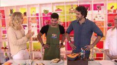 Arthur Aguiar prepara bolo para Eriberto Leão http://gshow.globo.com/programas/estrelas/videos/t/programas/v/arthur-aguiar-prepara-bolo-para-eriberto-leao/4656717/