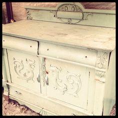 Great piece from Aberfoyle Antique Market! Rustic Retrievals