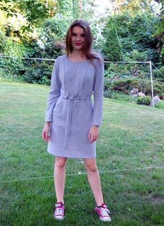Sukienka Lamia szara z długim rękawem