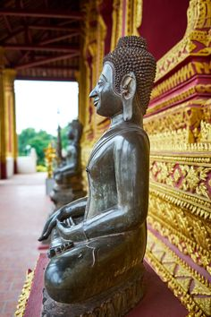 Things to do in Vientiane, the Laos capital. Not known for it's abundance of things to do, there are still plenty of Vientiane attractions worth a visit. Laos Travel, China Travel, Europe Travel Tips, Japan Travel, Travel Guides, Travel Destinations, A Utopia, Stuff To Do