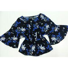 Blusa Estampa Flower Azul w/ Manga Sino ♡ ♡ ♡   #weloveit #news #inverno15 #trend #winter15 #provadorfashion #euqueroo #inlove #musthave #lookcarolcamilamodas #lookfashion #carolcamilamodas #presente #fashion #style #fashionistando