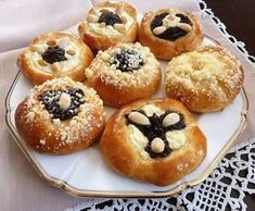 Czech Recipes, Russian Recipes, Sweet Desserts, Sweet Recipes, Bread And Pastries, Desert Recipes, Food Dishes, Baking Recipes, Sweet Tooth
