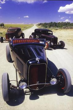 Old school hot rods. American Graffiti, Rat Rods, Classic Hot Rod, Classic Cars, Classic Style, Dream Cars, Traditional Hot Rod, Sweet Cars, Hot Rides
