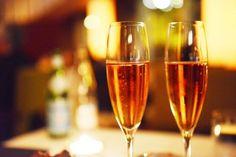 Breve guía para servir y degustar champaña en las celebraciones decembrinas.