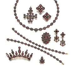 Gold and garnet parure, early 19th century | Sotheby's