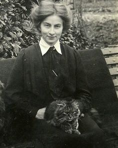 Dora posing with Fluff in The photograph was taken by A C Crocker of Yeovil Vintage Antique Photos, Vintage Pictures, Vintage Photographs, Old Pictures, Vintage Images, Old Photos, Crazy Cat Lady, Crazy Cats, Cat People