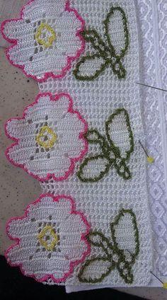 HUZUR SOKAĞI (Yaşamaya Değer Hobiler) Crochet Applique Patterns Free, Filet Crochet Charts, Crochet Borders, Baby Knitting Patterns, Crochet Stitches, Diy Crochet, Crochet Doilies, Crochet Flowers, Crochet Baby