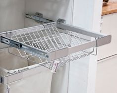 Shoes pull-out unit