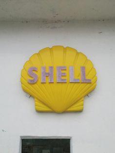 Shell Gas Station, Gas Service, Metal Signs, Shells, Retro, Vintage, Conch Shells, Metal Panels, Shell Station