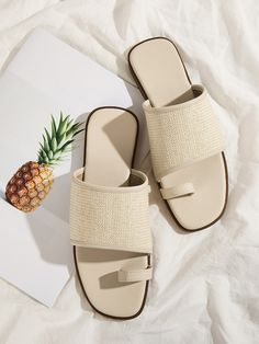 To find out about the Toe Ring Woven Detail Sliders at SHEIN, part of our latest Slippers ready to shop online today! High Heel Boots, Shoe Boots, High Heels, Shoes Heels, Mules Shoes, Summer Shoes, Summer Sandals, Shoe Wardrobe, All About Shoes