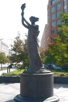 """Victims of Communism Memorial Statue: """"The Goddess of Democracy"""". Click for full size."""
