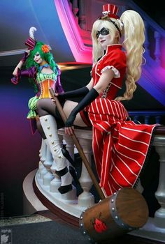 Harley Quinn and Lady Joker Get a Crazy New Twist with this Super-Sexy Cosplay   moviepilot.com
