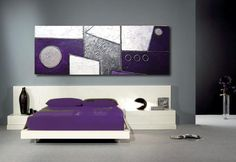 Cuadro abstracto moderno pintado con acrílicos sobre lienzo con textura.Blanco,violeta y plata.