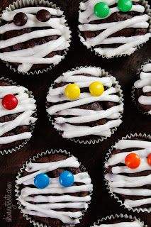 Low-fat mummy cupcakes!! More Great Halloween Treats! (and easy, of course!)