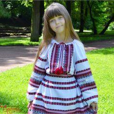Дитяча вишиванка Мереживо.  Ткана чорно-червона вишивка.  #embroidery #children #machinework #uk #leosouvenir   https://leosouvenir.com.ua/vyshyvanka-merezhyvo-dvs-1005-ua.html