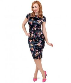 An exquisite dress the world over, darlings! A fabulously floral vintage inspired pencil dress in delicate satin and cra...Price - $78.00-q0sFvGDr