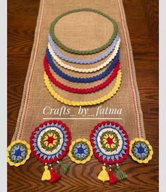 Crochet Art, Crochet Home, Crochet Crafts, Crochet Doilies, Crochet Flowers, Crochet Projects, Sewing Crafts, Crochet Table Mat, Crochet Table Runner Pattern
