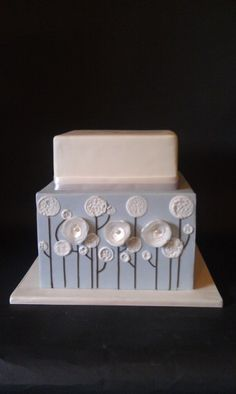 square flowers wedding cake