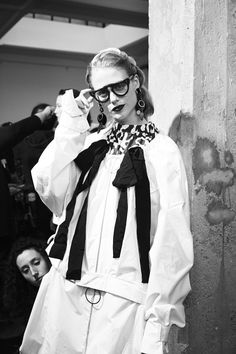 Retro Beauties Backstage at Marni Fall 2016 Photos | W Magazine