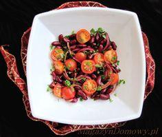 Sałatka świąteczna z fasolki i pomidorków - przepisy kulinarne