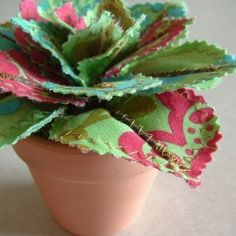 Fabulous fabric flowers (and alliterations, apparently!) Win a bouquet of fabric goodness just in time for Vday!