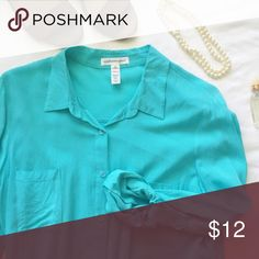 Perfect lightweight silky aqua blouse This beautiful blouse looks perfect 3/4 cinched as shown (makes it so casual chic!). Beautiful and comfy for work with slacks, or can be dressed down with jeans or white pants. Two breast pockets and both sides have cinches for the sleeves. Tops