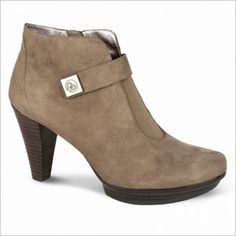 Waterproof shoes that are still cute: Blondo Valina suede bootie