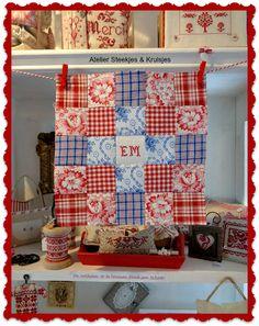 First part of my quilt from vintage fabrics. Steekjes & Kruisjes van Marijke