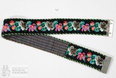 For av ruta bomullslerret. Metallspenne til lukking. Cute Designs, Belt, Sewing, Accessories, Fashion, Belts, Moda, Dressmaking, Couture